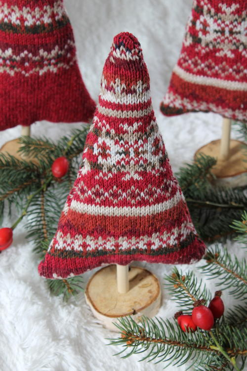 Christmas Sweater Trees Tutorial