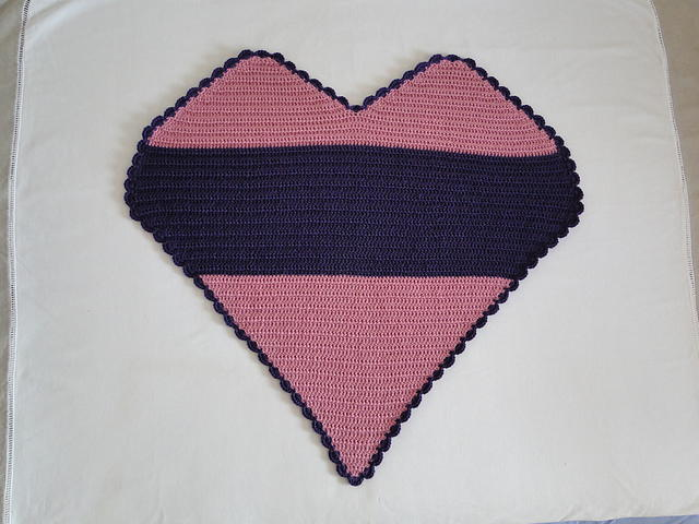 Heart Shaped Baby Blanket Allfreecrochetafghanpatterns