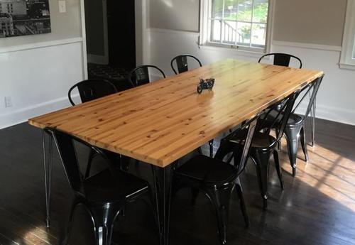 Wall Stud DIY Wood Table | DIYIdeaCenter.com