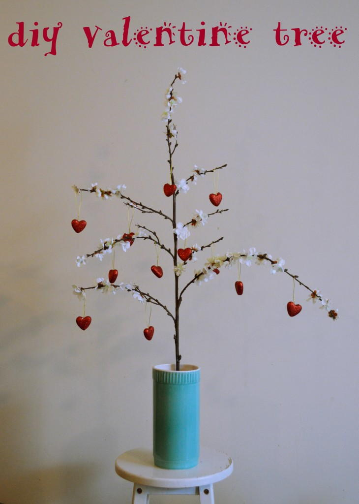 Diy Valentine S Day Tree Allfreeholidaycrafts Com