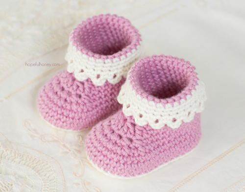 Pink Lady Baby Booties Allfreecrochet