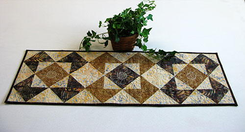 Quilted Table Runner Patterns And Table Toppers For Tea Time