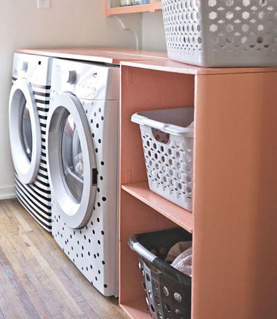 Quick and Easy DIY Laundry Room Shelf