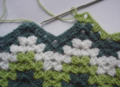 Green Granny Ripple Pattern Allfreecrochetafghanpatterns
