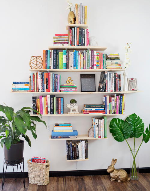 Diamond Shaped DIY Book Shelves