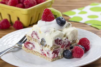 Mixed Berry Graham Pudding