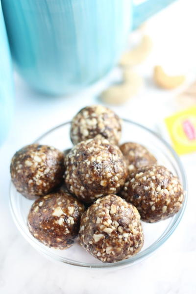 No Bake Cinnamon Raisin Cashew Bites