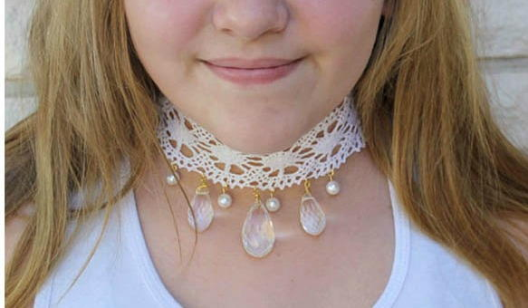 Pearls, Crystals and Lace Choker