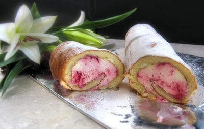 Raspberry Cream Roulade