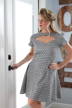 1940s Pin Up Dress Tutorial