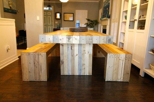 DIY Reclaimed Wood Dining Room Table DIYIdeaCentercom - Refurbished wood dining room table