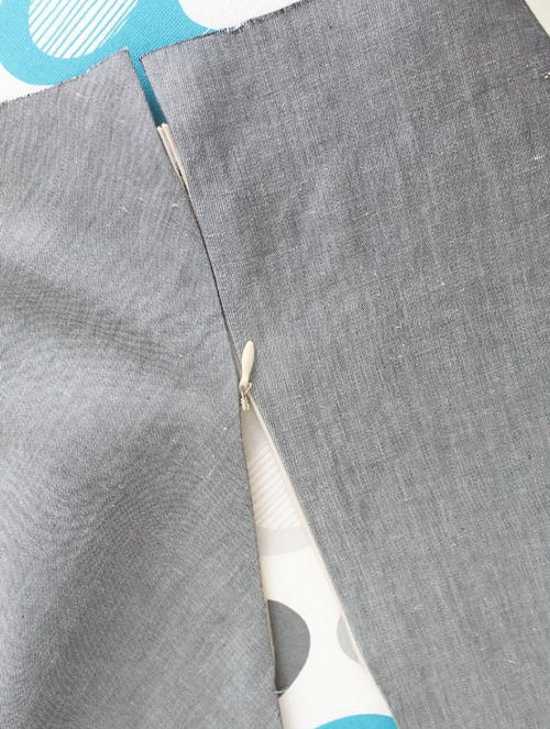 Easy Way to Sew an Invisible Zipper