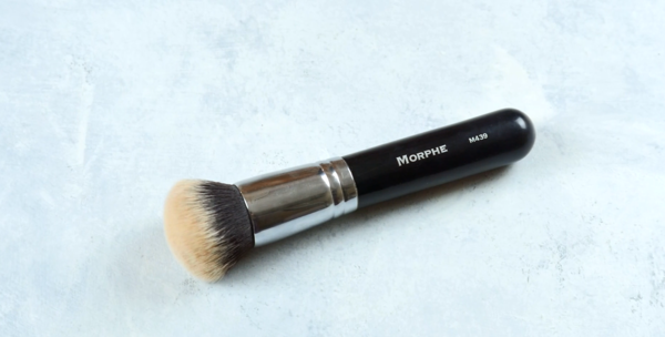 Makeup Brushes 101 - Types of Brushes for Your Makeup - Foundation Brush
