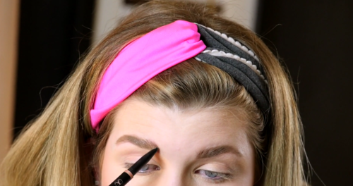 Wedding Makeup How to Fill in Your Eyebrows