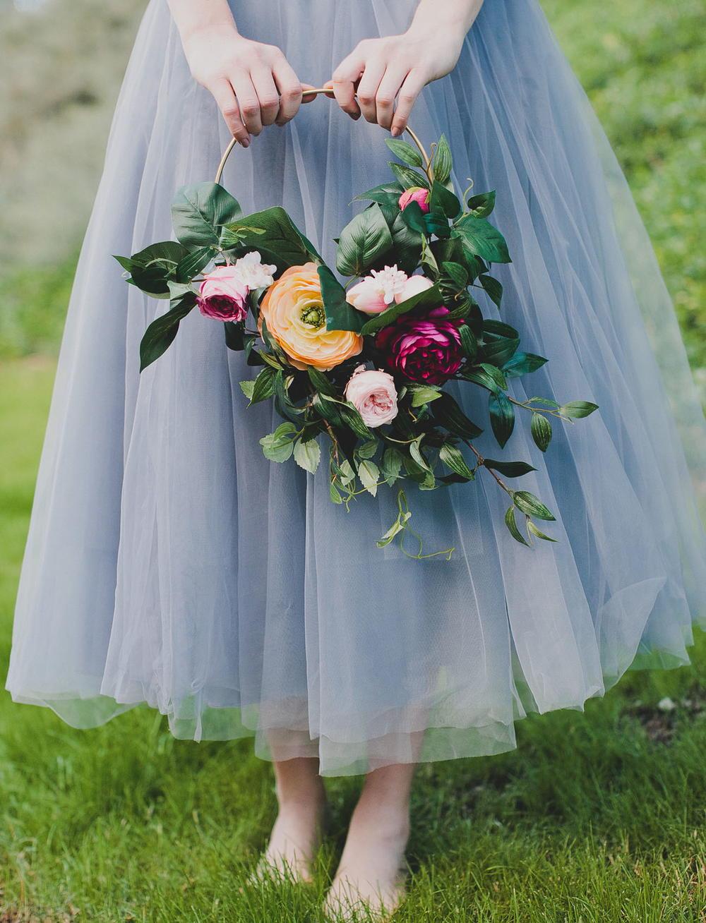 Silk Flower Hoop Bouquet Allfreediyweddings