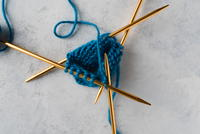How to Knit with DPNs (Double Pointed Needles)