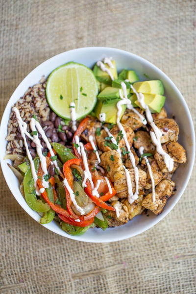 Easy Chicken Fajita Rice Bowls