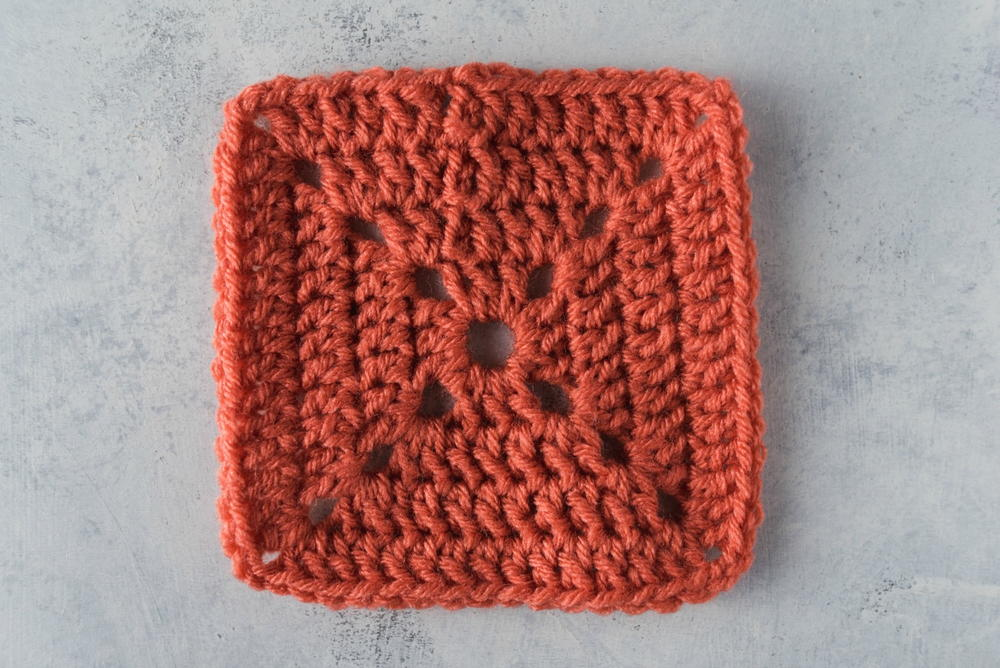 How To Crochet A Solid Granny Square Allfreecrochet