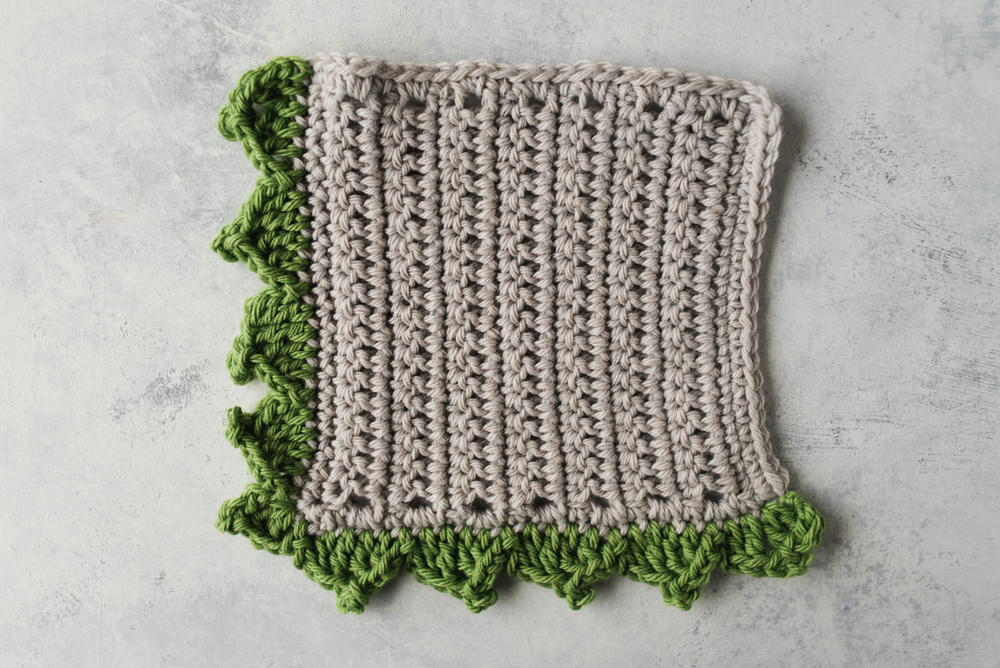 How To Crochet The Pointed Scallop Edging Allfreecrochet