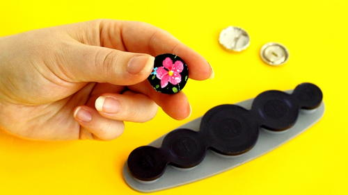 How to Make Cloth Buttons
