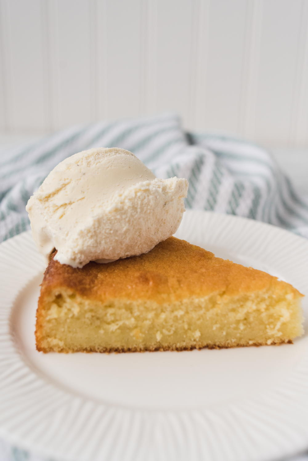 California Pizza Kitchen Butter Cake Copycat Recipe ...