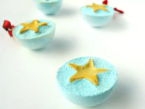 Cheerful DIY Glitter Bath Bomb