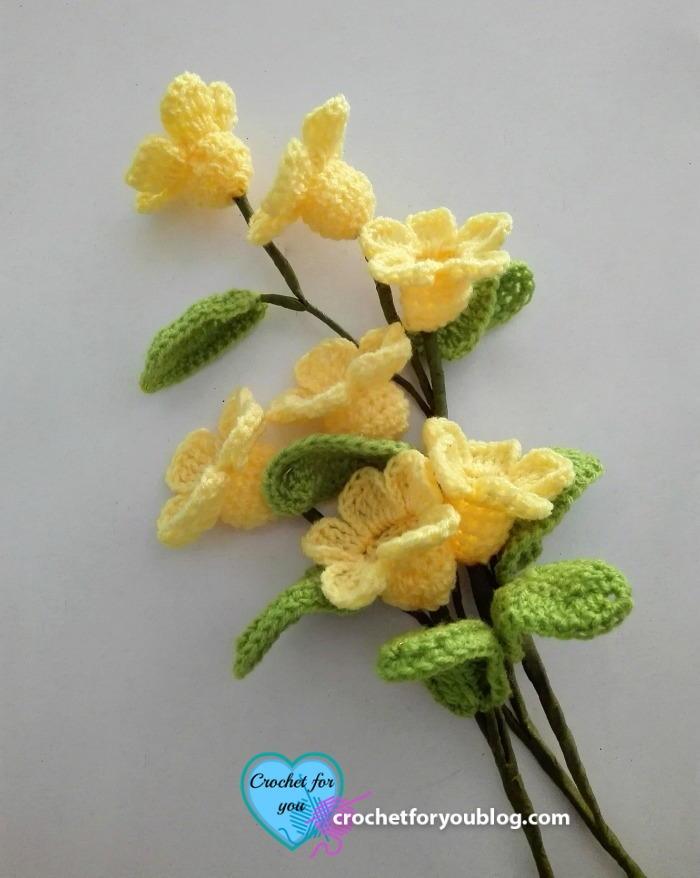 Flower Crochet Mittens