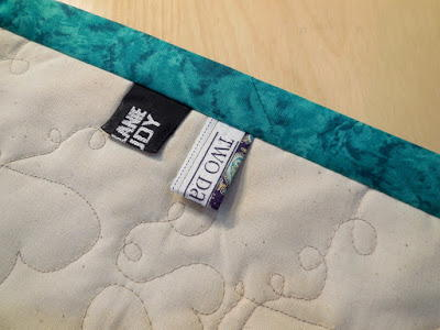 How to Make Quilt Tags from Selvages