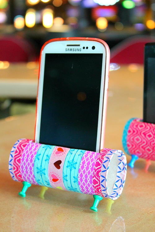 Creative Phone Holder Toilet Roll Craft