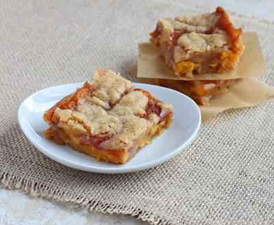 Boozy Peach Pie Bars