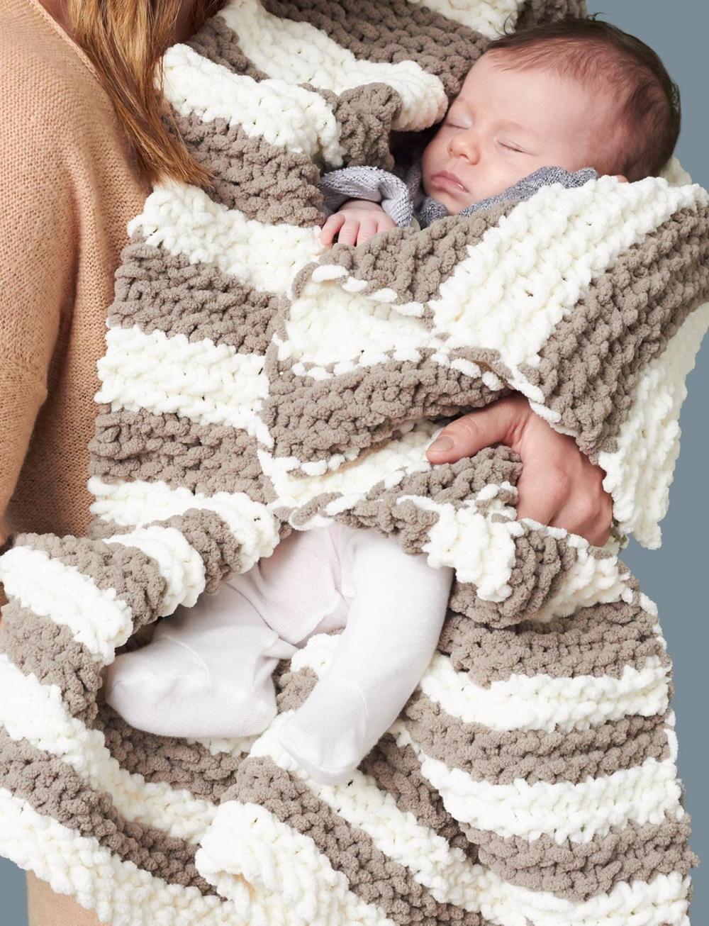 In A Wink Baby Blanket | AllFreeKnitting.com