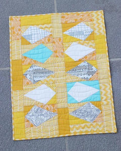 Scrappy Kites Mini Quilt Pattern