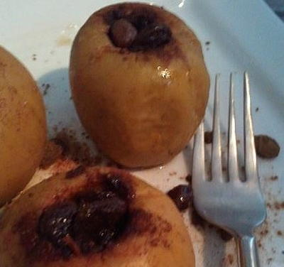 Skinny Slow Cooker Baked Apples