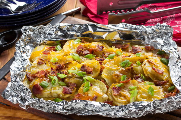 Cheesy Bacon Potatoes in Foil