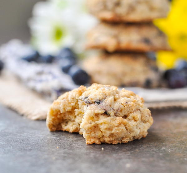 Easy Blueberry Muffin Oatmeal Cookies