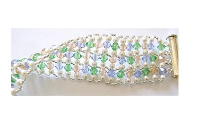 Sweet Addictive Woven Crystal Bracelet