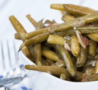 Six-Ingredient Slow Cooker Green Beans
