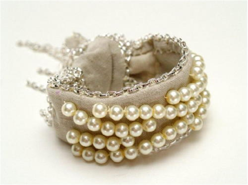 Pearl and Chains Fabric Bracelet