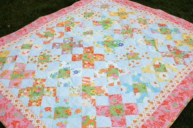 Vintage Dreams Twin Bed Quilt Favequilts Com