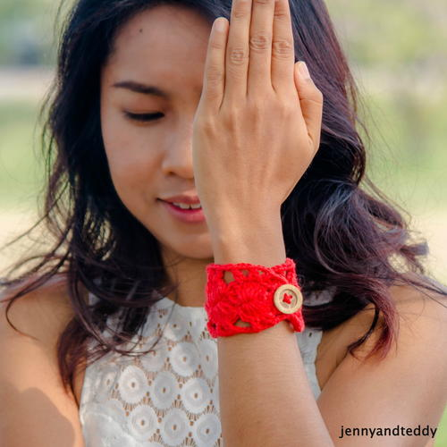 Pretty in Red Bracelet
