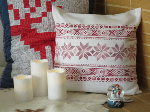 Scandinavian Christmas DIY Cushion