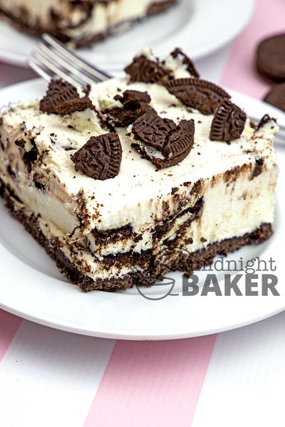 No-Bake Oreo Cheesecake Bars