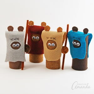 Super Cute Cardboard Tube Ewoks