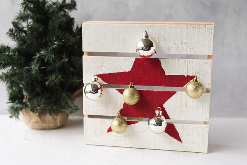 Shiplap Christmas Ornament Display Idea