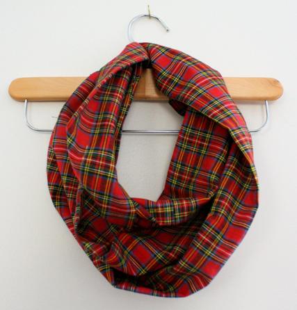 10 minute diy infinity scarf allfreesewing 10 minute diy infinity scarf solutioingenieria Images
