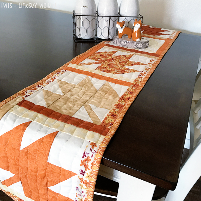 17 Thanksgiving Ideas: Free Quilt Patterns for Table Toppers ... : free thanksgiving quilt patterns - Adamdwight.com