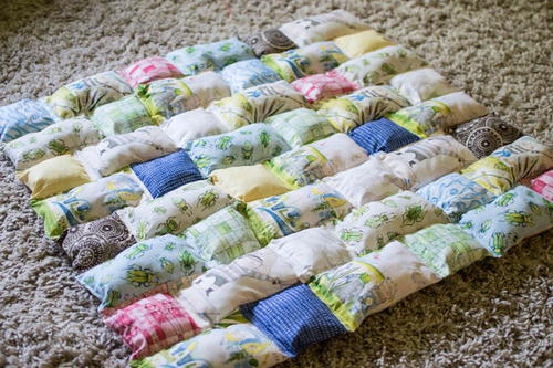 Pillowy Puff Quilt Tutorial FaveQuilts Fascinating Puff Quilt Patterns