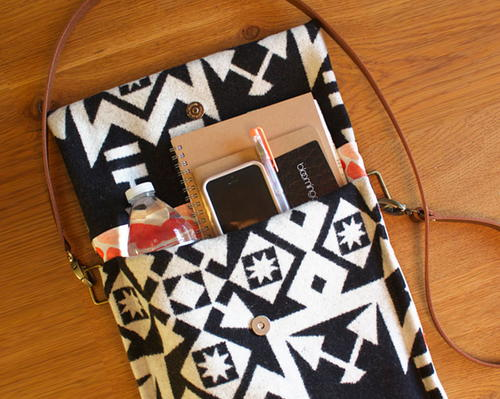 Simple Crossbody DIY Purse