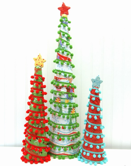 One Hour Pom Pom Christmas Tree