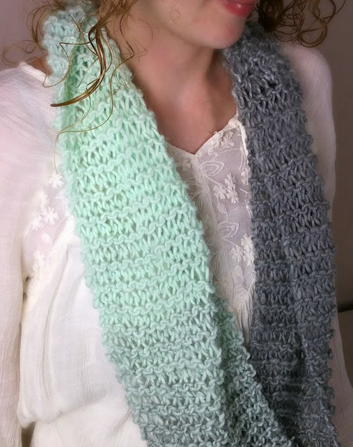 Beginner's Knit Infinity Scarf   AllFreeKnitting.com
